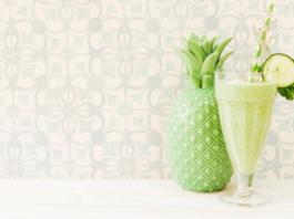 Suco de abacaxi e pepino